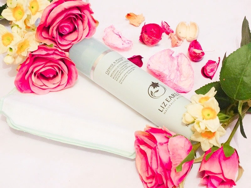review liz earle cleanse and polish hot cloth cleanser 01