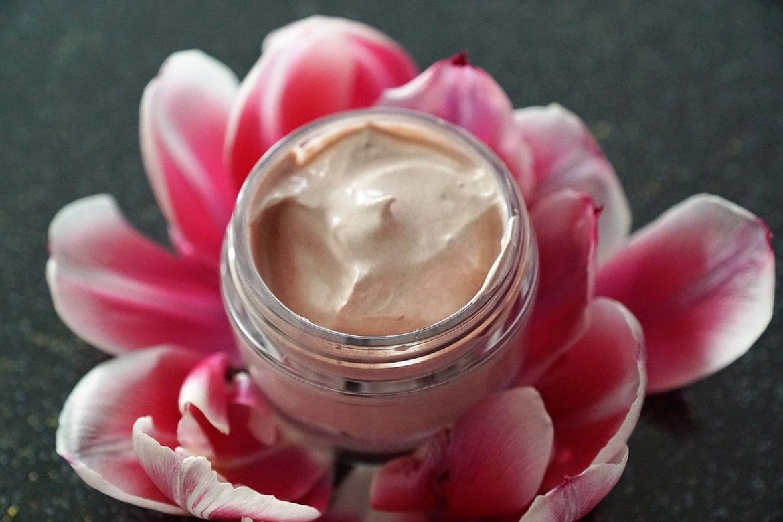 why retinol in a jar is a bad idea
