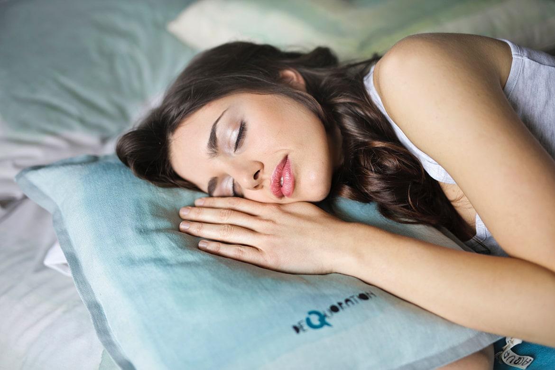 pillow prevent wrinkles