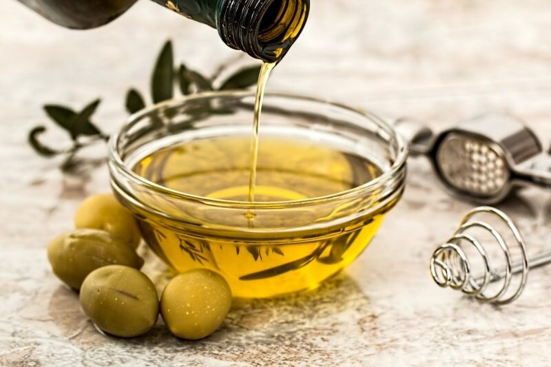 diet change for healthy skin olive oil