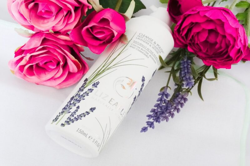 liz earle cleanse and polish hot cloth cleanser lavender and vetiver 01