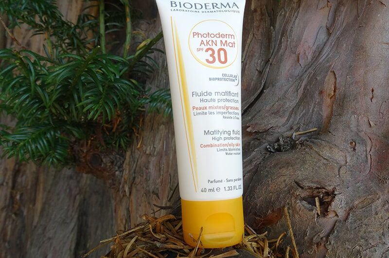 bioderma photoderm akn mat spf 30 review