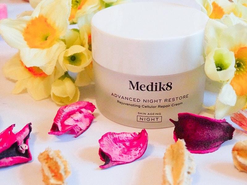 medik8 advanced night restore cream